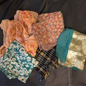 Lot of 5 scarfs. All for 1 price